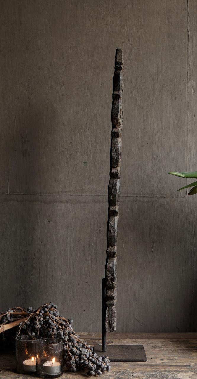 Wooden ornament on iron stand-6