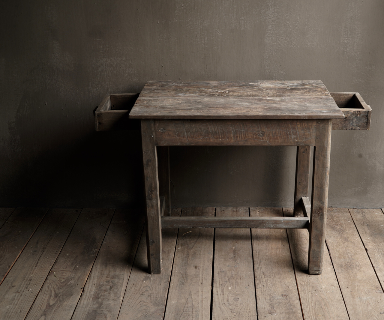 Tough Antique old wooden wall table with a drawer Aura Peeperkorn-8