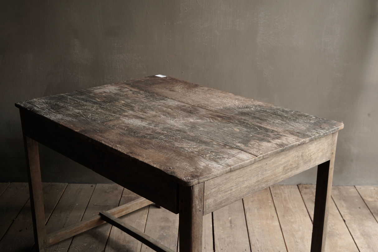 Tough Antique old wooden wall table with a drawer Aura Peeperkorn-9