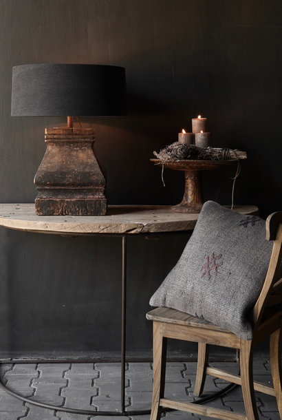 Robuster halbrunder Wandtisch Beistelltisch mit Eisenfuß
