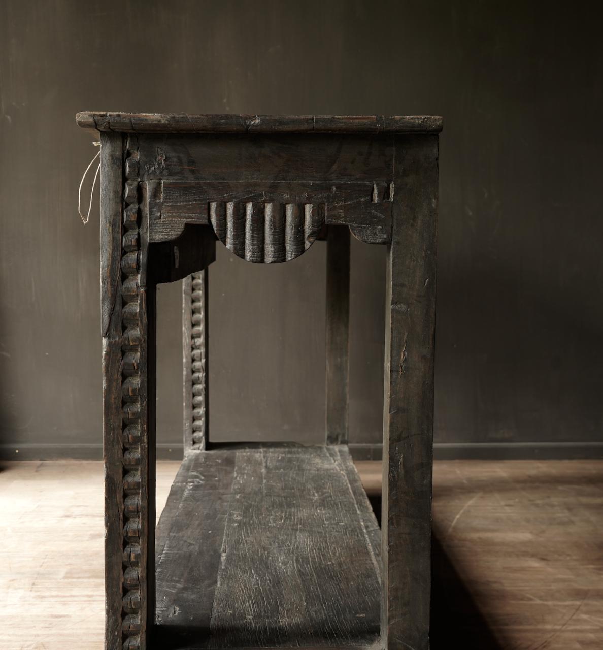 Alter antiker Wabi Sabi verwitterter Holztisch / Wandtisch aus Holz-4