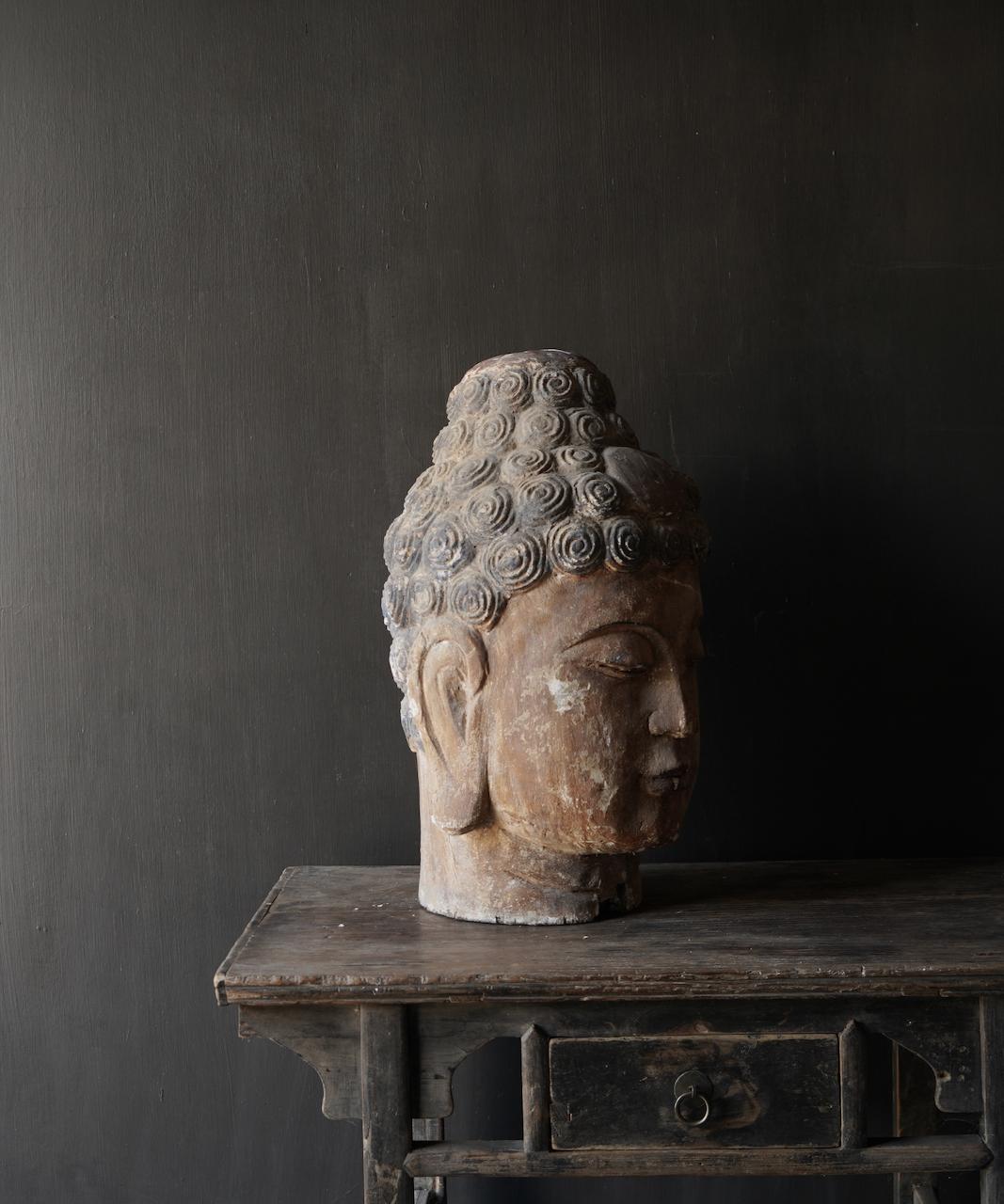 Einzigartiger alter hölzerner Buddha-2