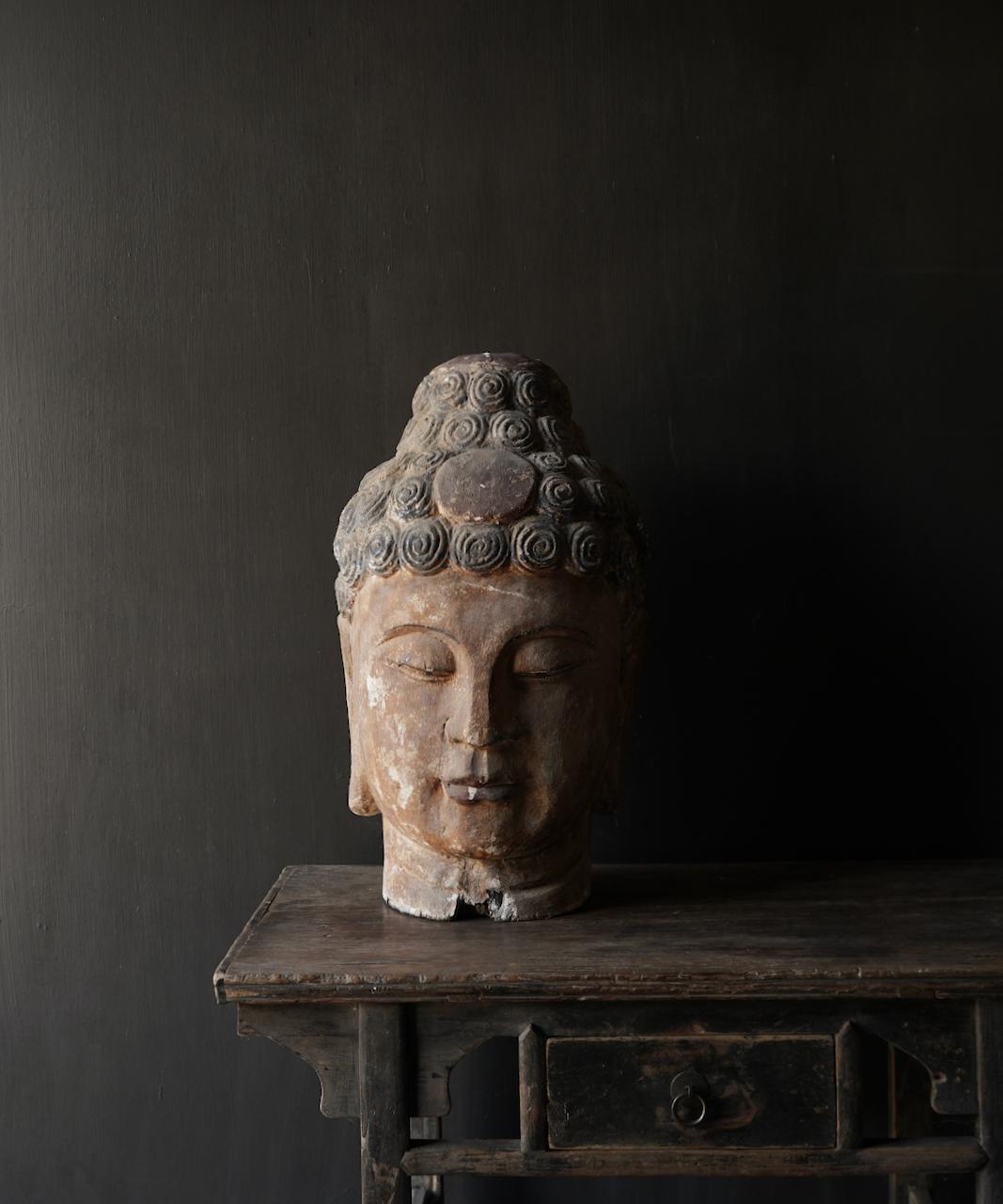 Einzigartiger alter hölzerner Buddha-3