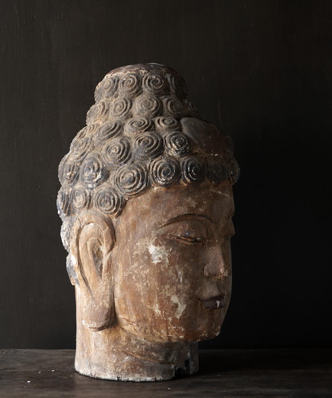 Einzigartiger alter hölzerner Buddha-5