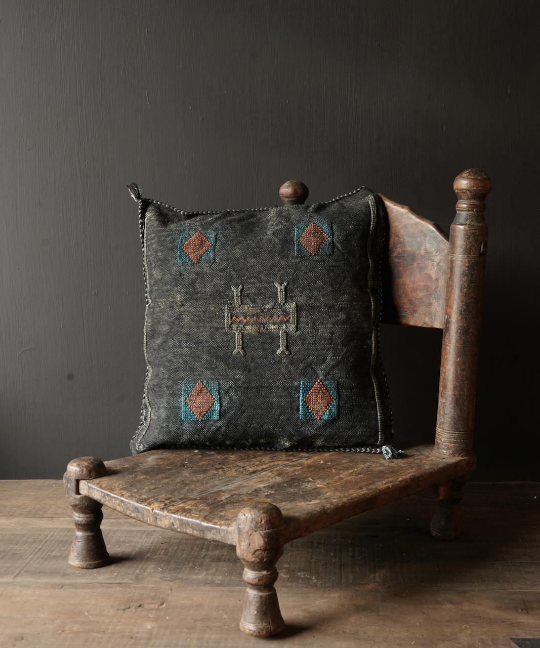 Wunderschöner handgefertigter Kissenbezug aus Steinwäsche-3