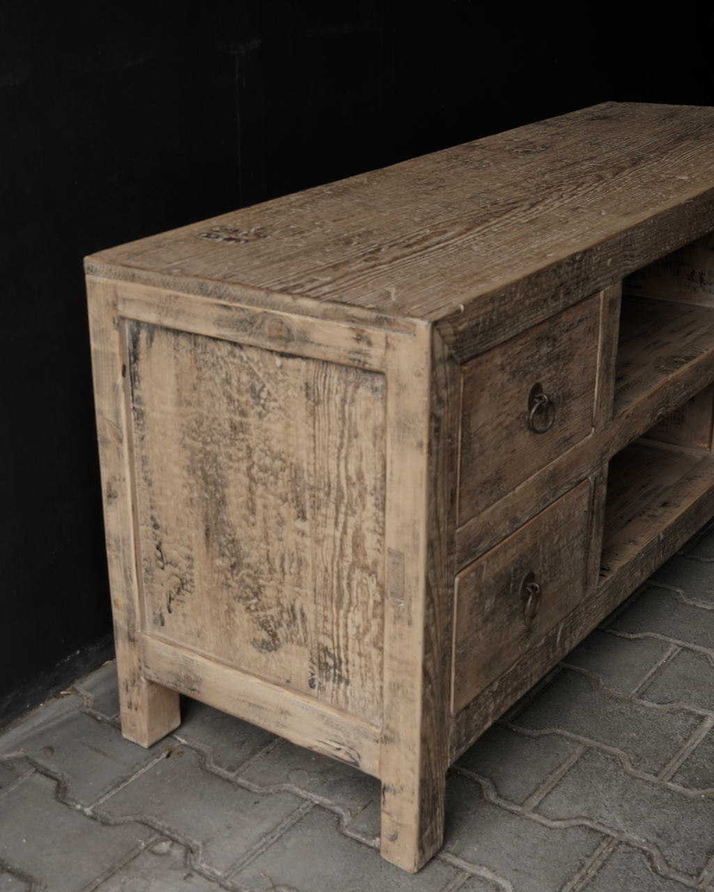 TV-Möbel / Sideboard aus dem alten Elmwood-5