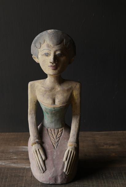 Wooden Suar loro blonyo figurine
