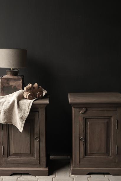 Set Oud Mud Wash houten kastjes  oftewel nachtkastjes