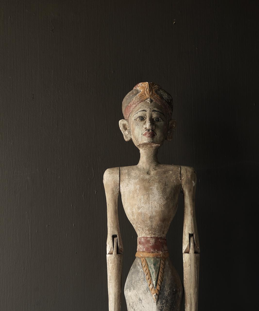 Wooden Suar loro blonyo statue (Handmade)-3