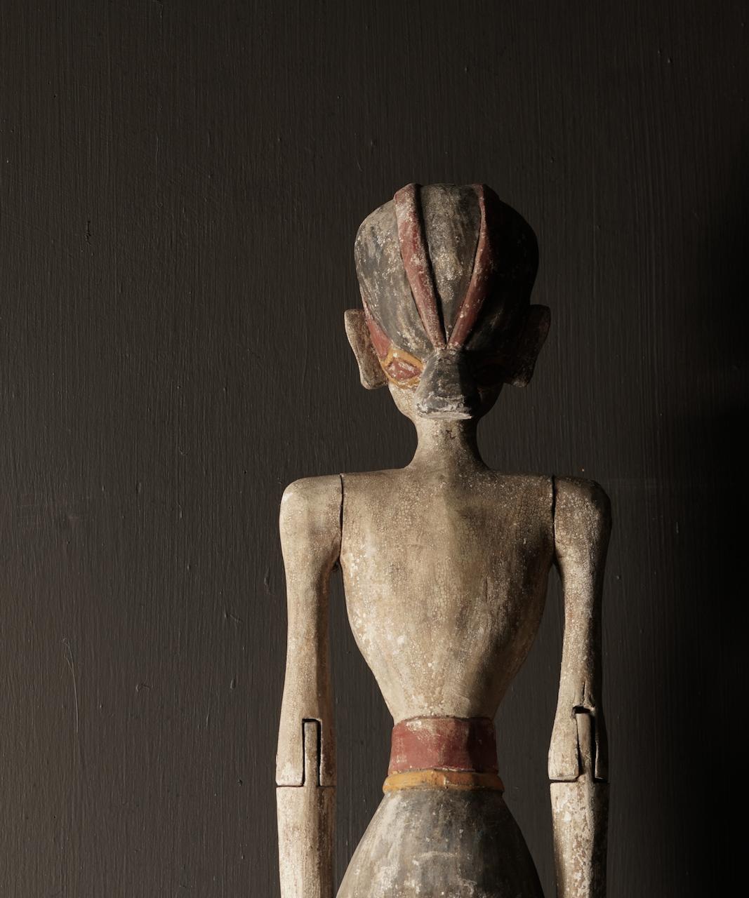 Wooden Suar loro blonyo statue (Handmade)-5
