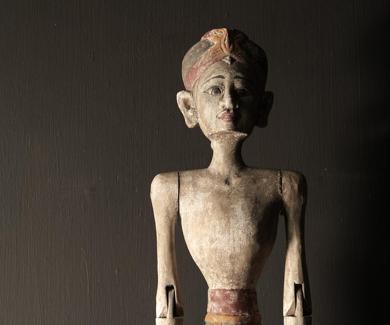 Wooden Suar loro blonyo statue (Handmade)-6