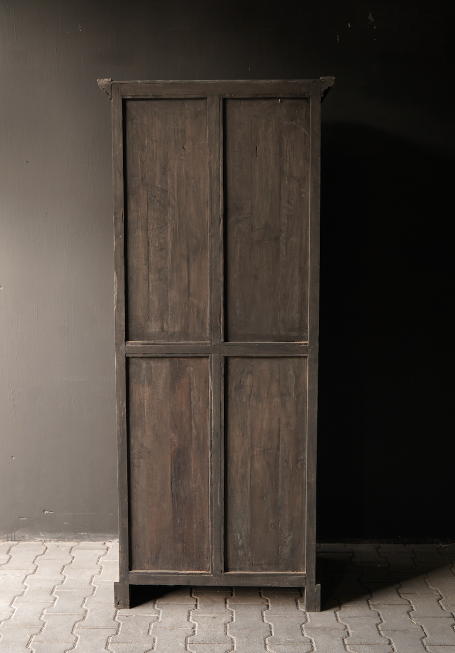 Sturdy one-door wardrobe from old wood with a drawer-4