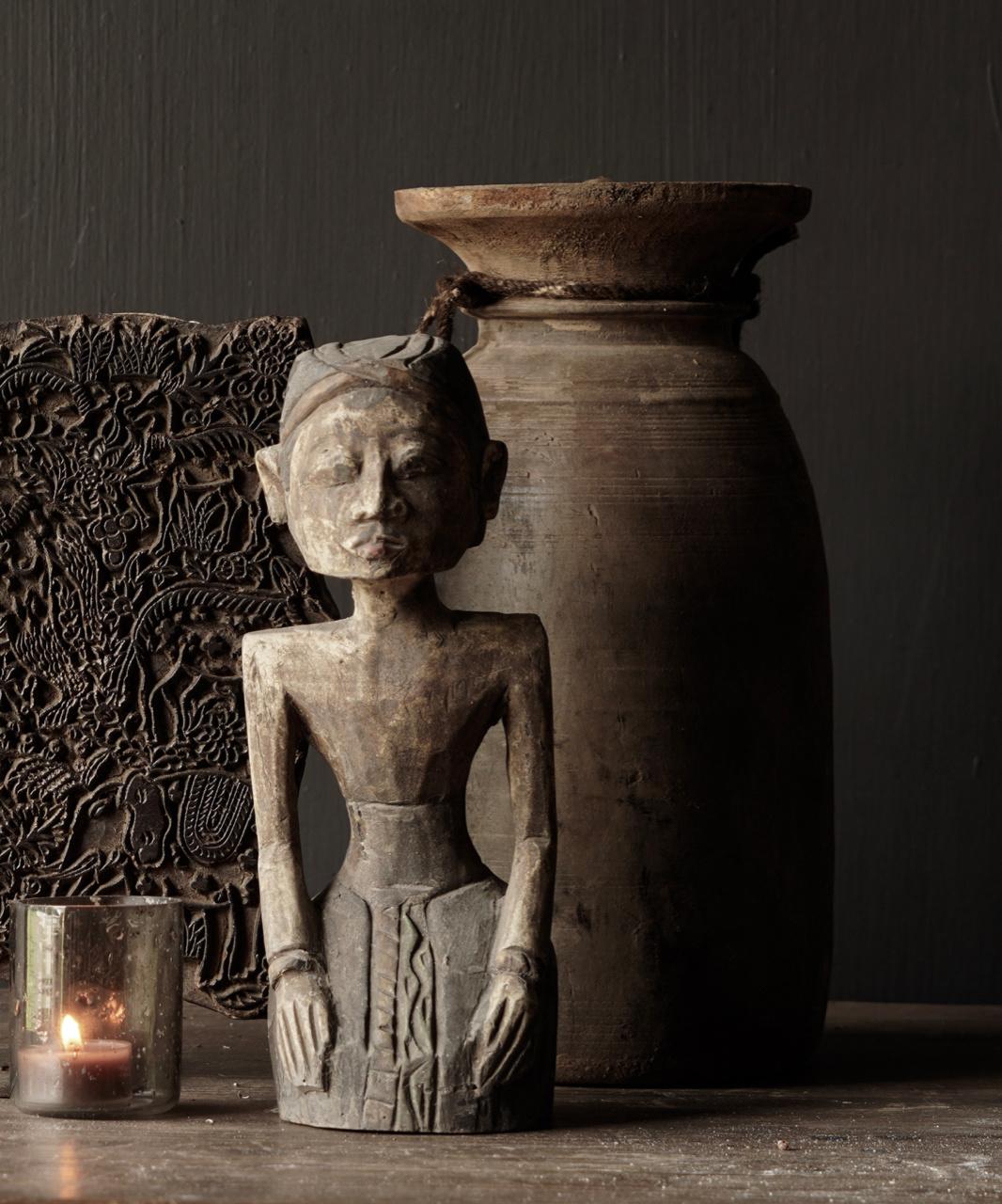 exclusive wooden Suar loro blonyo figurine-1