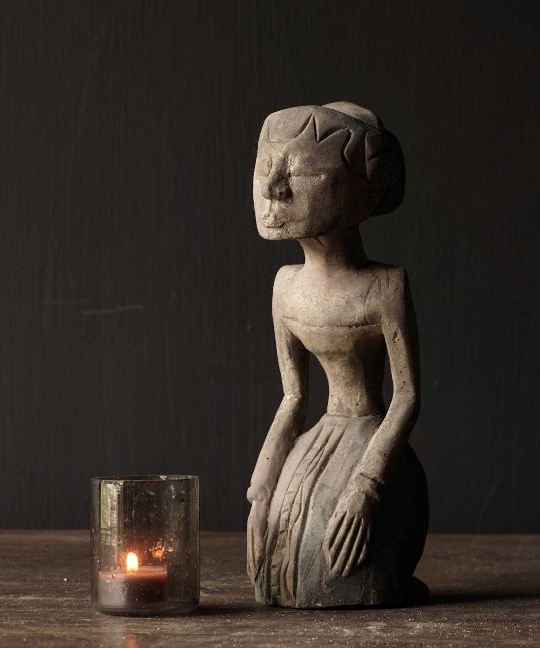 exclusief houten Suar loro blonyo beeldje-5