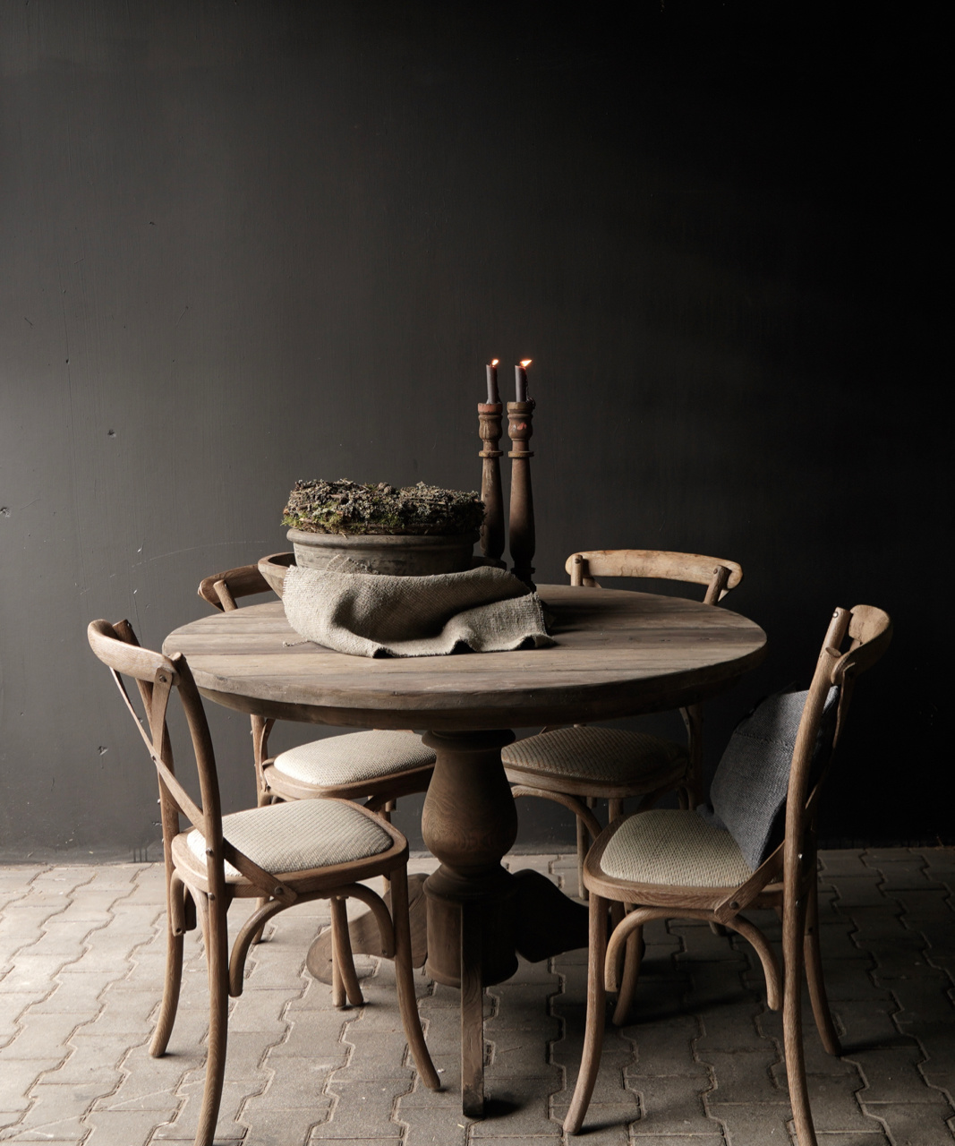Tough round table made of old used wood-6