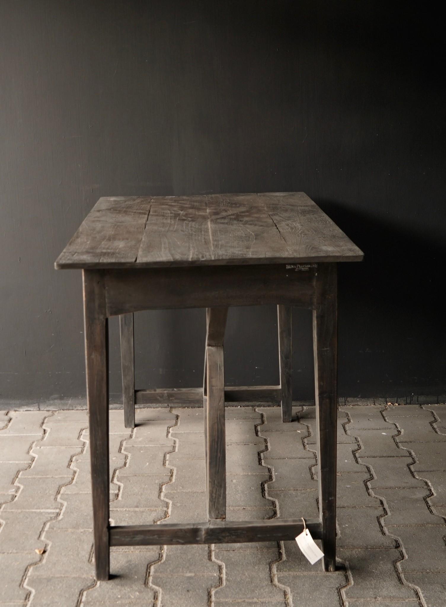 Stoer oud Sidetable/muurtafel oud hout met een lade-8