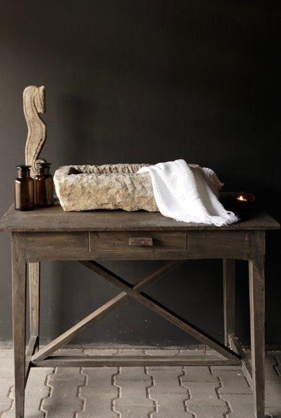 Stoer oud Sidetable/muurtafel oud hout met een lade