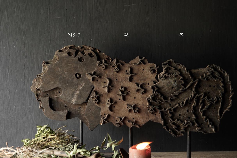 Houten batik stempel op ijzeren voetje  XL-2