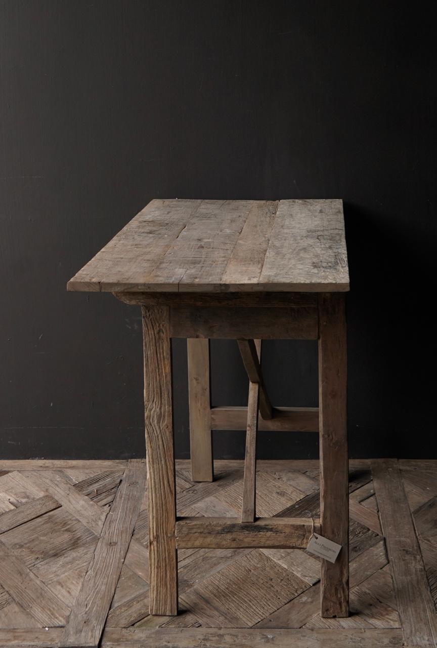 Robustes altes Beistelltisch / Wandtisch altes Holz mit Schublade-3