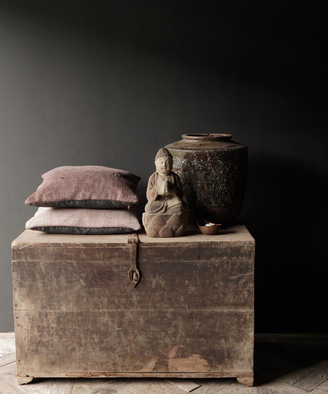 Alte authentische Holzkiste-1