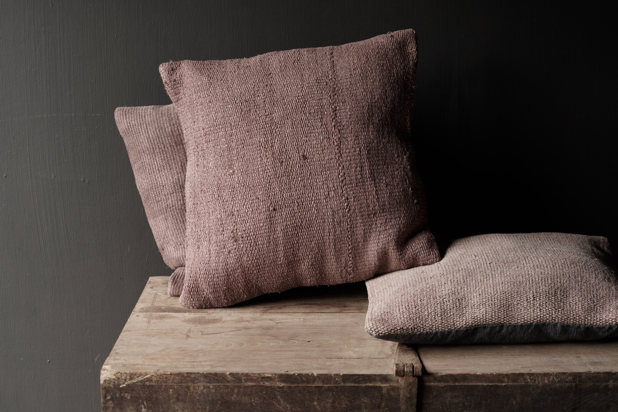 Hemp Kelim Cushion Handmade in the color mauve-2