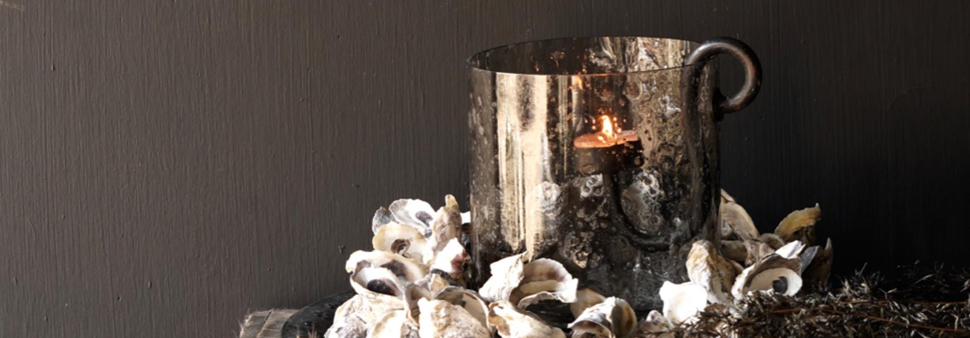 Oyster shells wreath