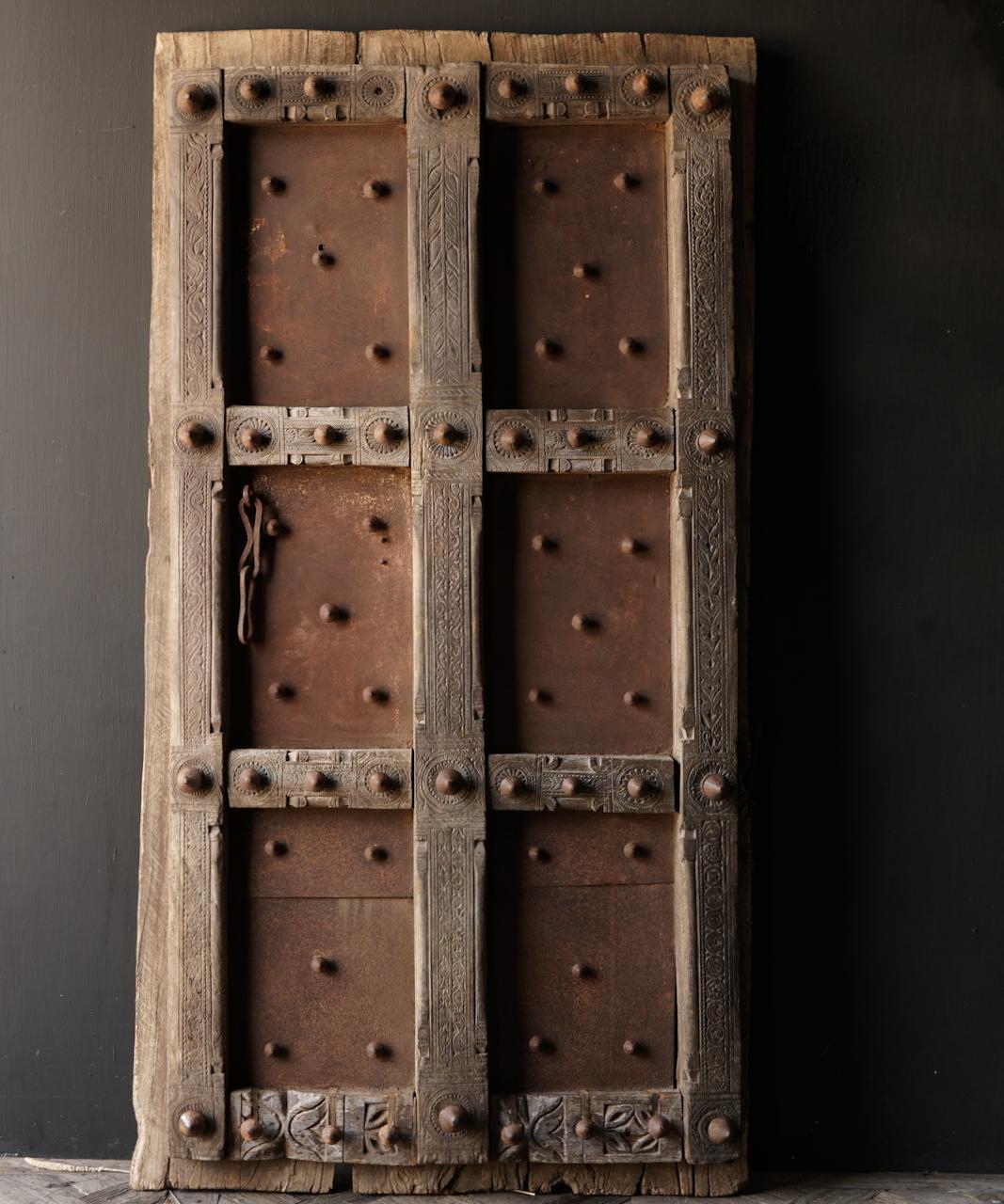 Zwaar Oude Indische ijzeren deur  met houten afwerking-2