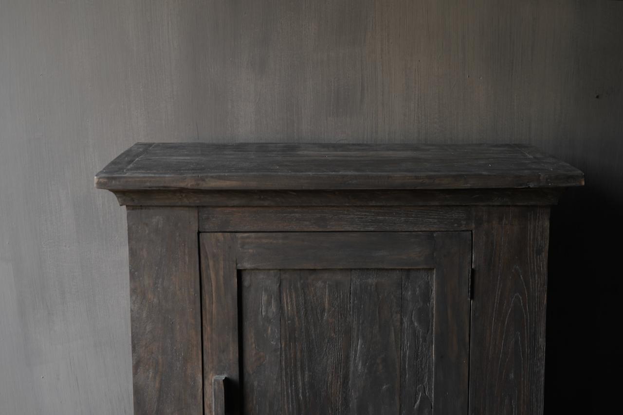 Stoer Landelijk  oud houten kastje-3