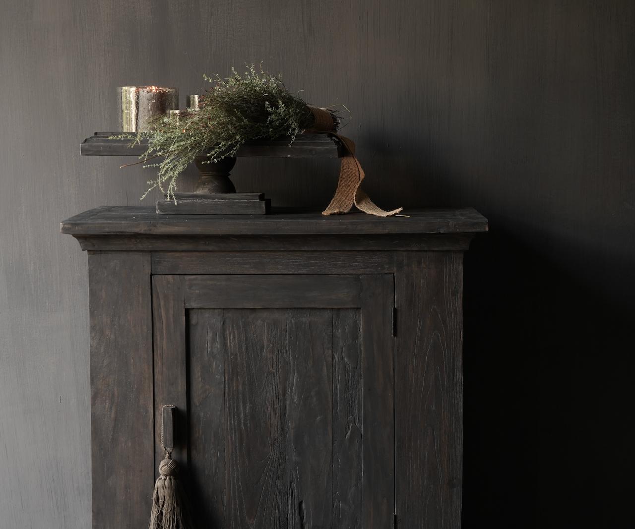 Stoer Landelijk  oud houten kastje-4