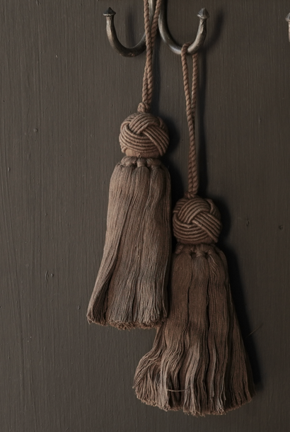 Cotton tassel, brush or tuft