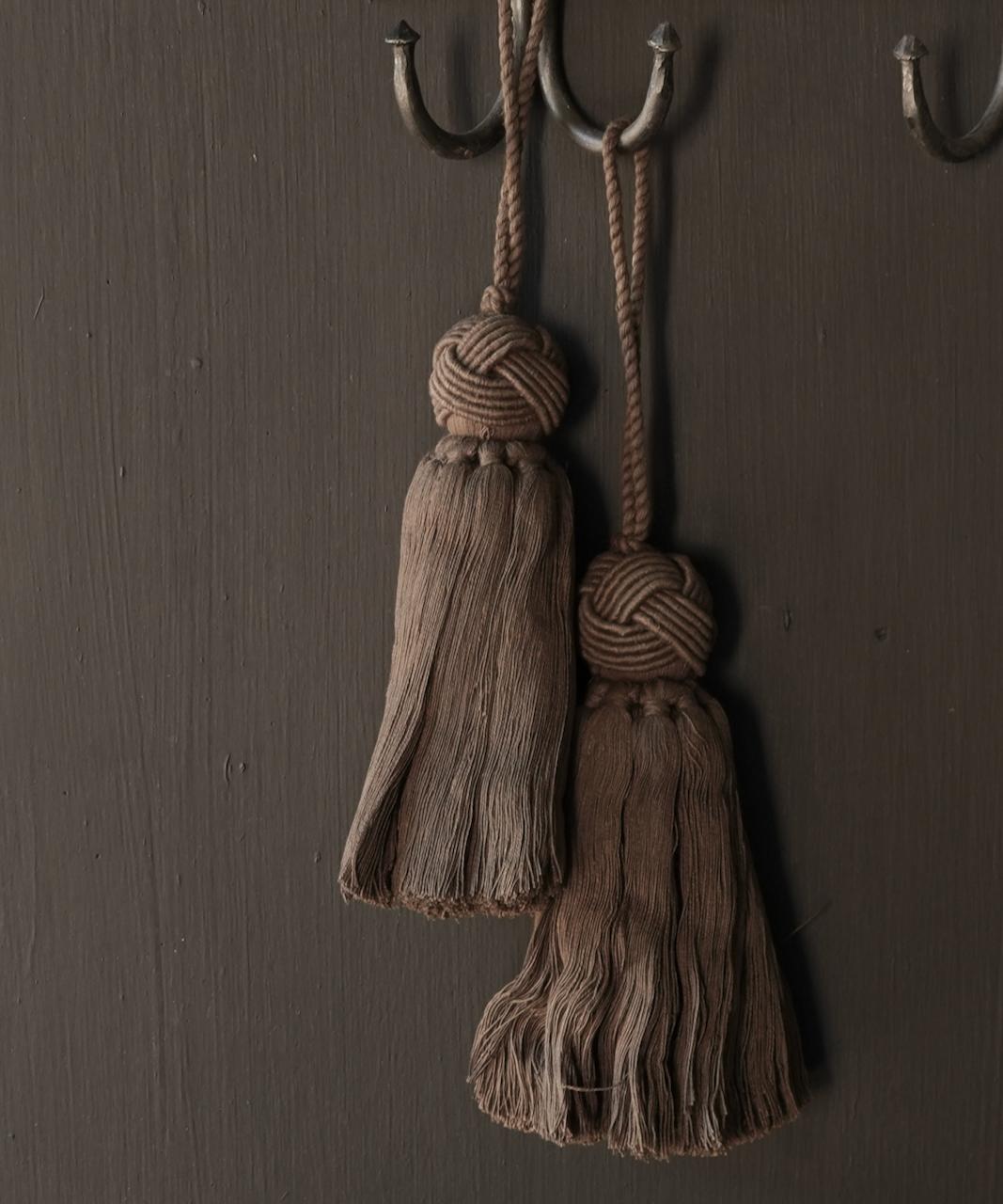 Cotton tassel, brush or tuft-1