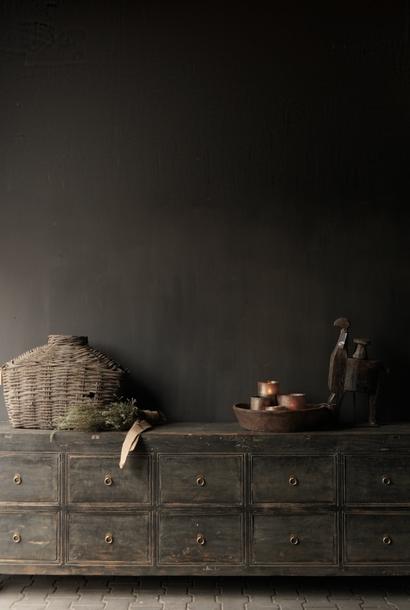 Oude Authentieke Zwart/Bruin  tv meubel/Dressoir met  10 lades