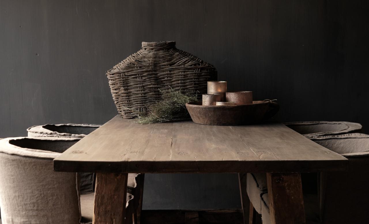 Robuster robuster ländlicher Tisch aus altem Holz 200x100 cm-7
