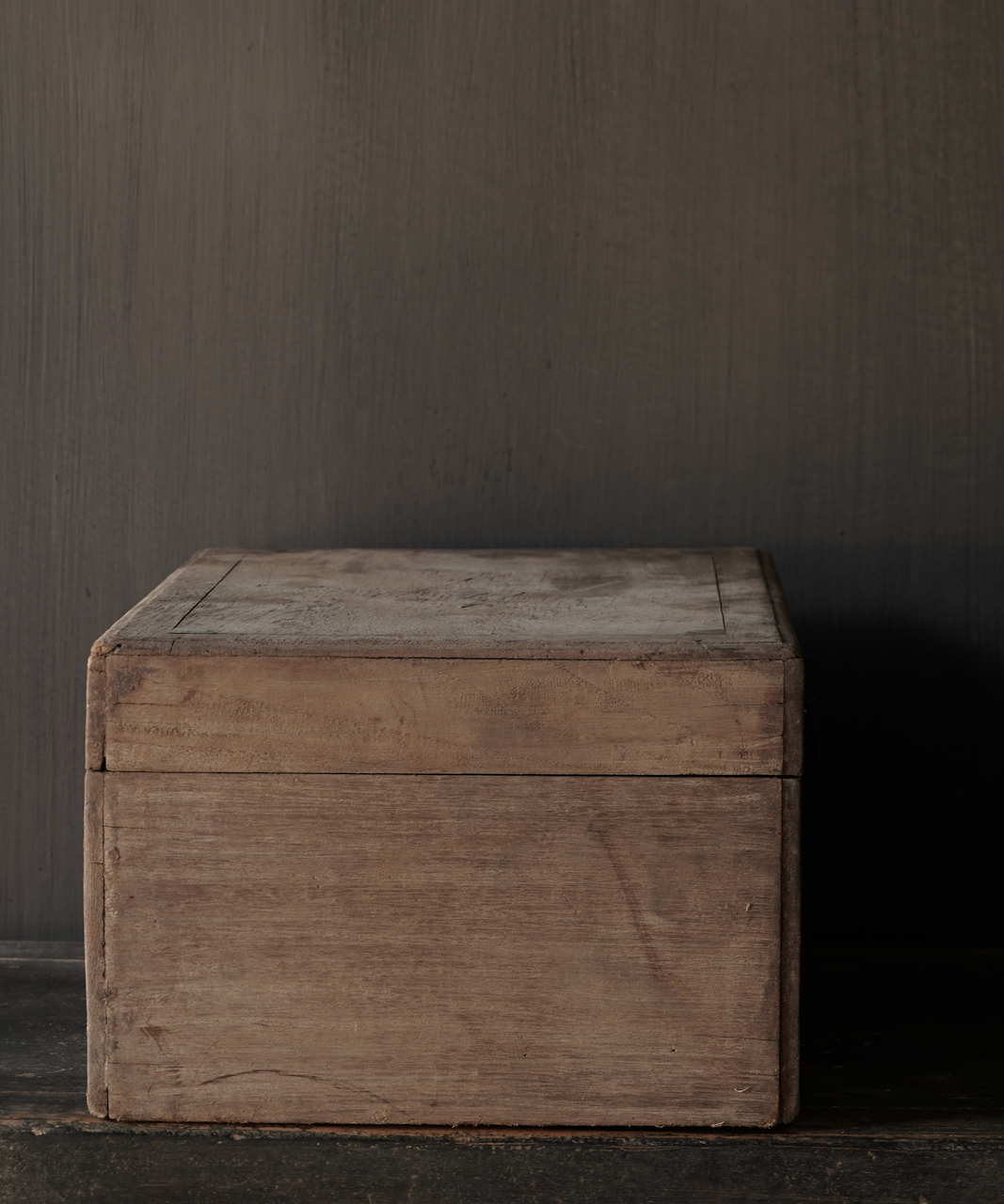 Old Authentic wooden box-7