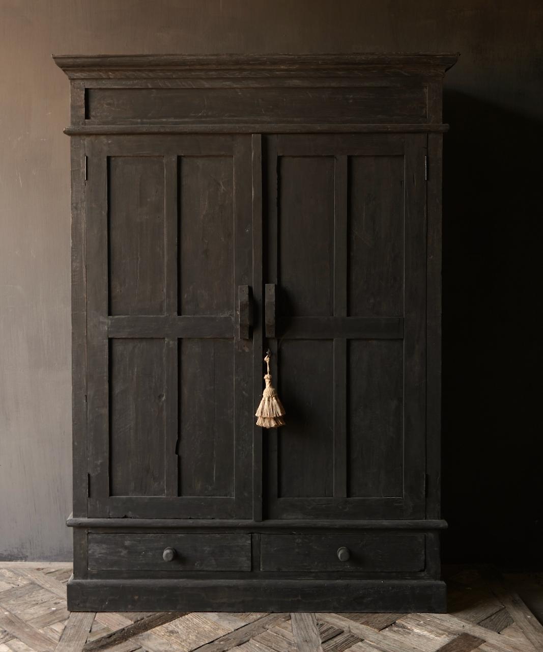 GERESERVEERD  Prachtig Stoer Landelijk kast van donker oud hout-3