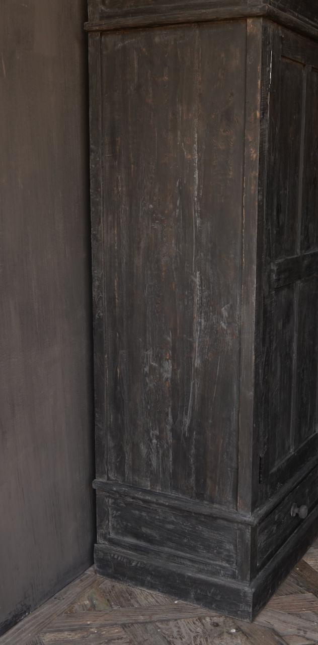 GERESERVEERD  Prachtig Stoer Landelijk kast van donker oud hout-5