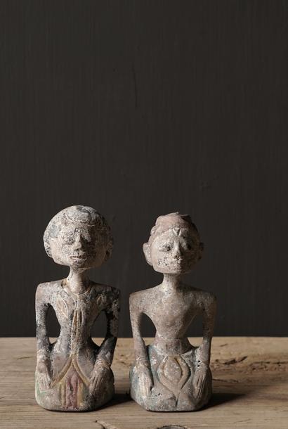Altes authentisches Brautpaar aus Holz