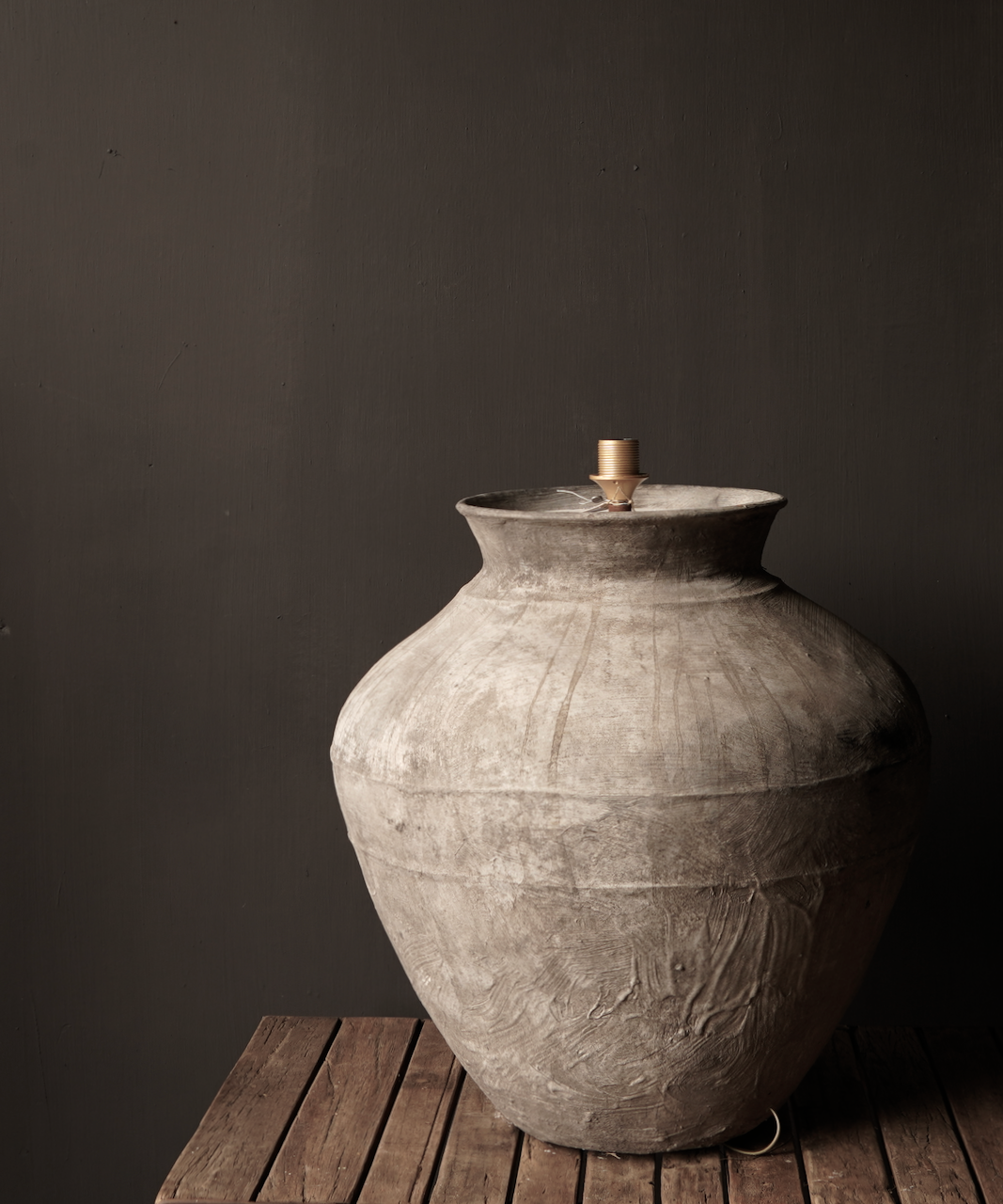 Jug lamp made from an old authentic terracotta Indian water jug - Copy-5