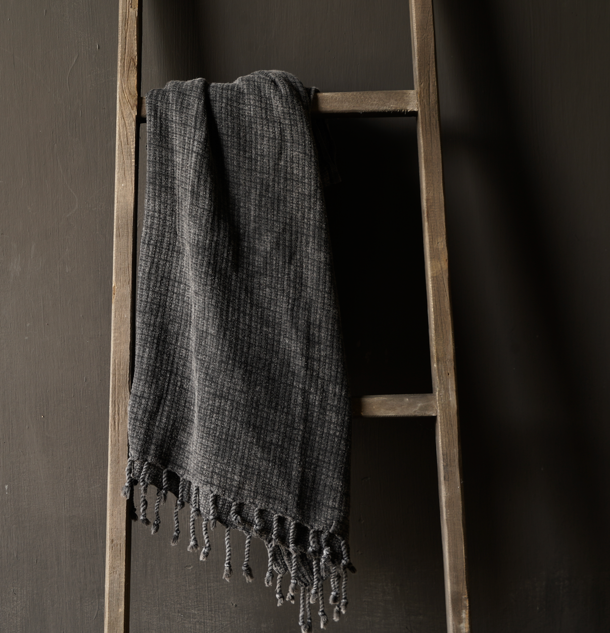 Hammam towel bamboo large anthracite-2