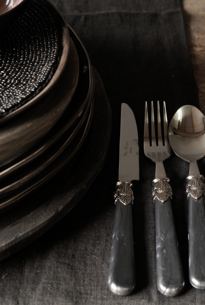Cutlery 4-piece set vintage design