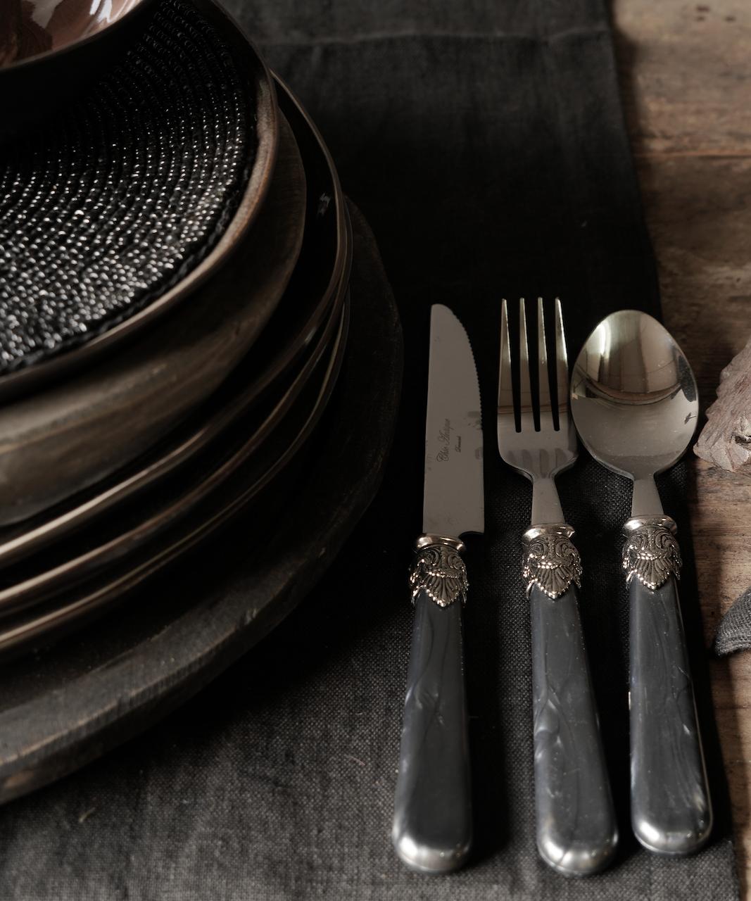 Cutlery 4-piece set vintage design-1