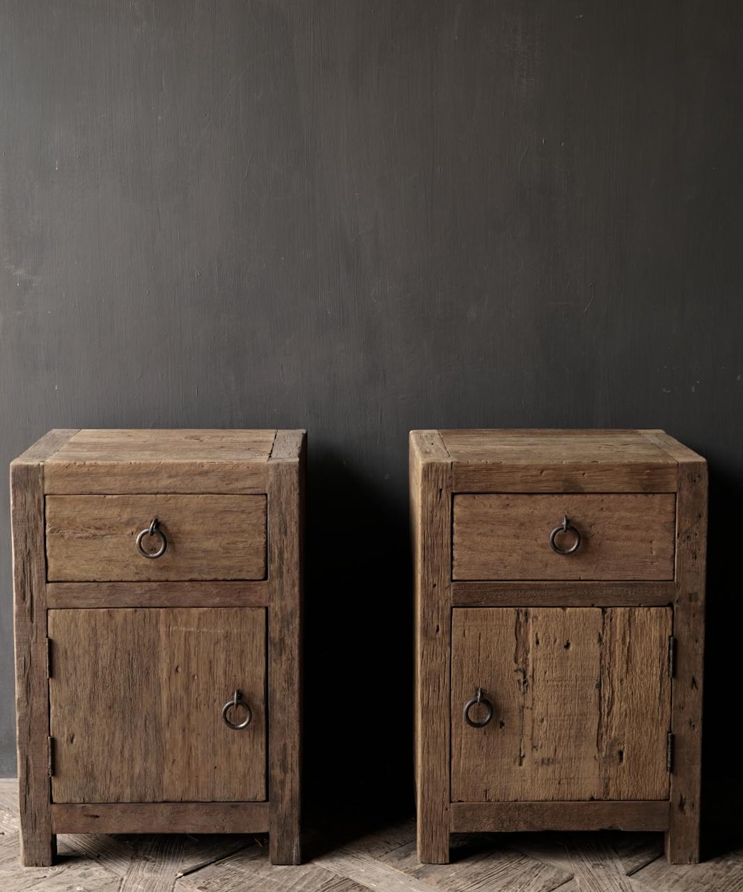 Set Oude stoer houten kastjes  oftewel nachtkastjes-2