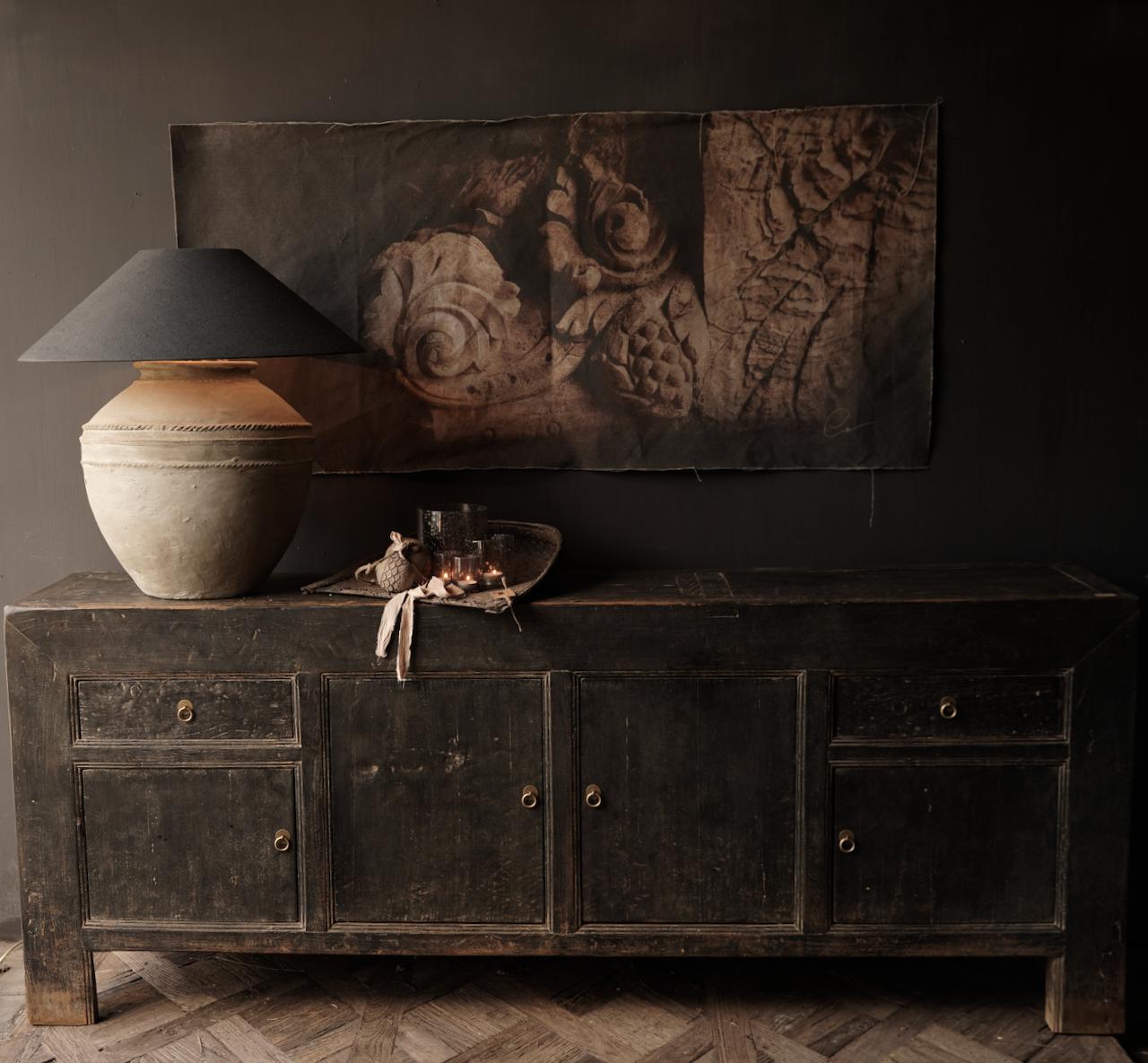 Oude Authentieke Zwart/Bruin  Dressoir met  vier deurtjes en twee lades-3