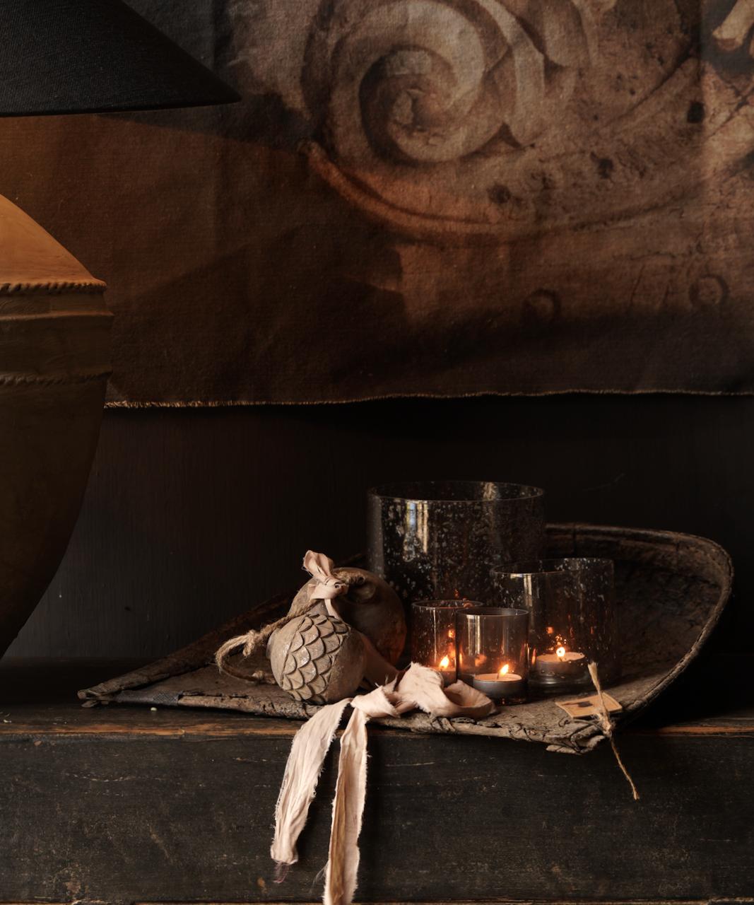 Oude Authentieke Zwart/Bruin  Dressoir met  vier deurtjes en twee lades-4