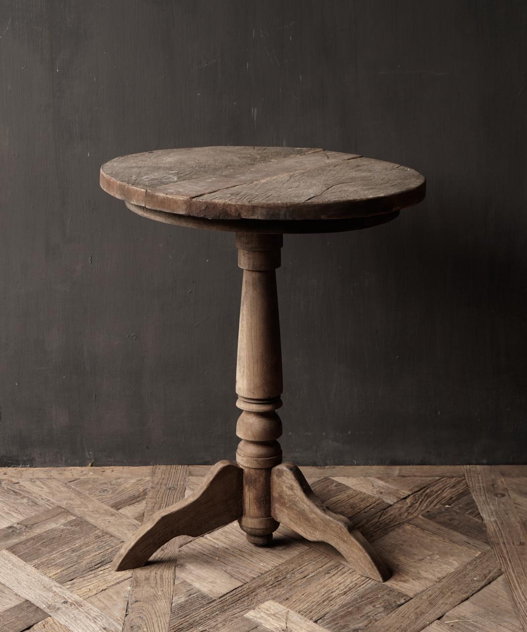 Robuster robuster runder Weintisch aus altem gebrauchtem Holz 60cm-5