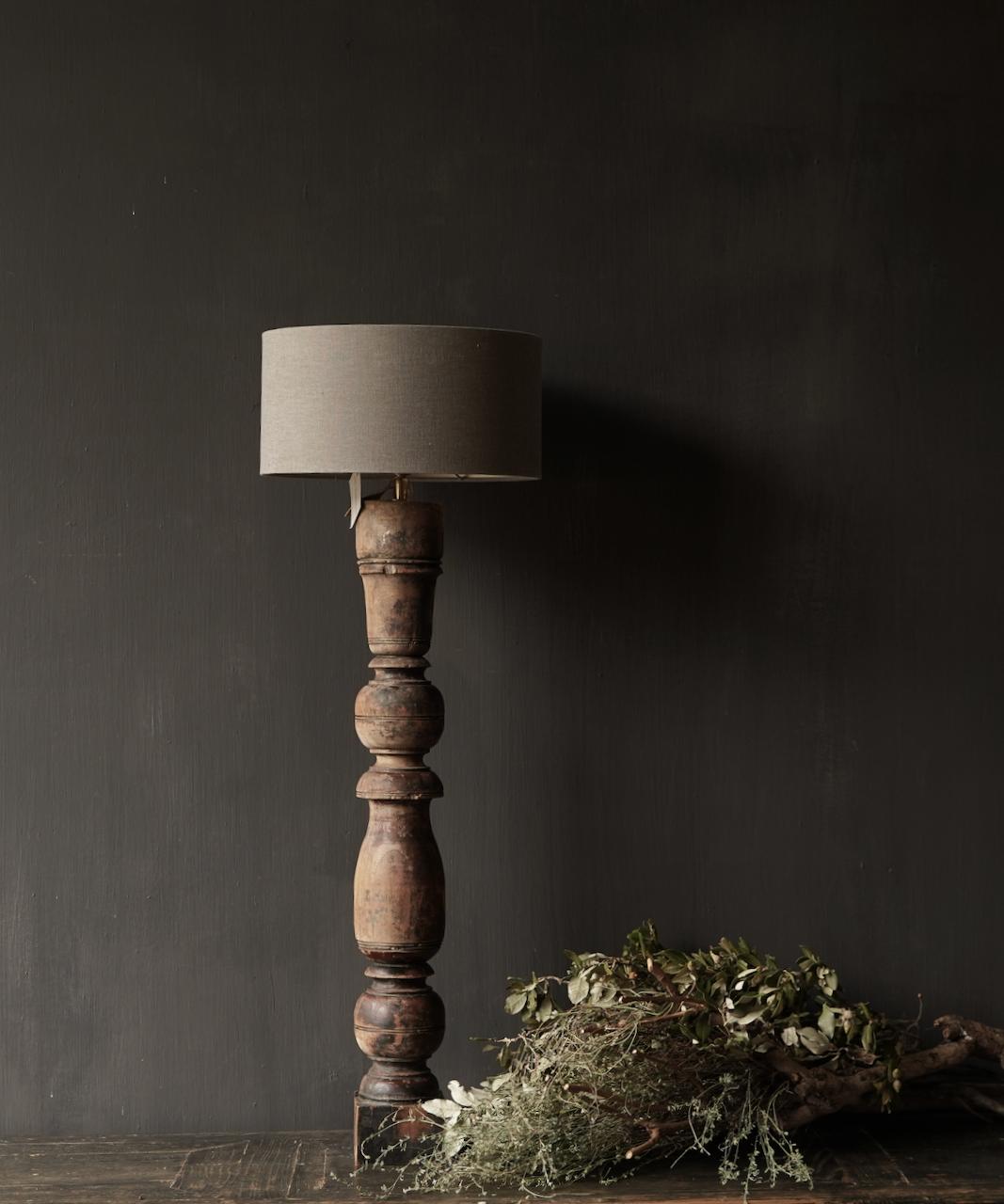 Oude Houten Baluster lamp voet-1