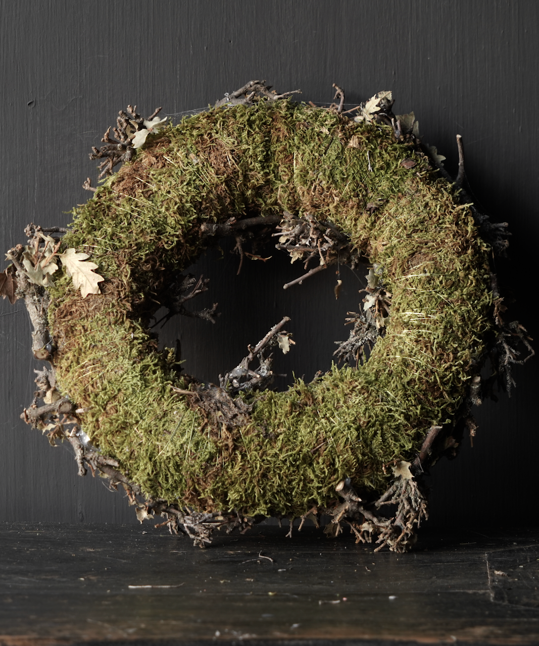 Moss wreath with twigs-5