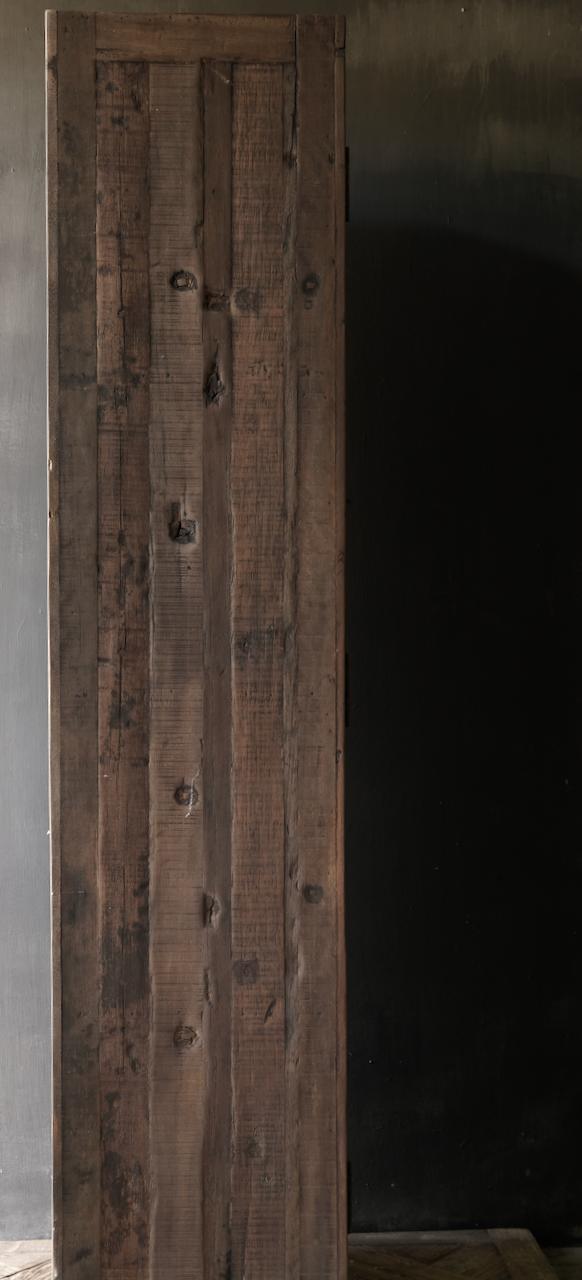 Robuster ländlicher alter zweitüriger Holzschrank-5