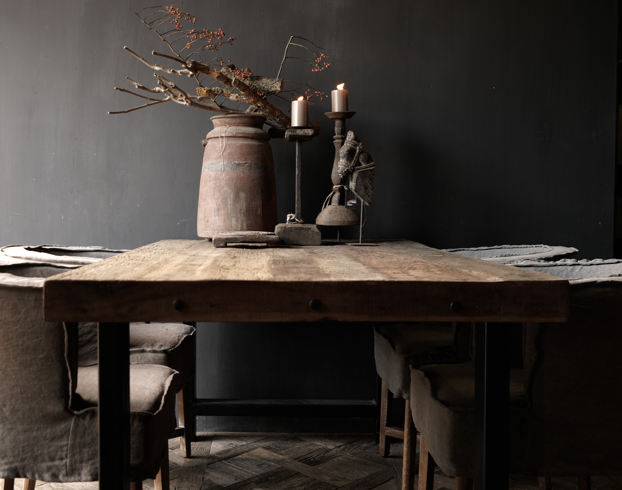 Driftwood dining table with sturdy iron leg-5