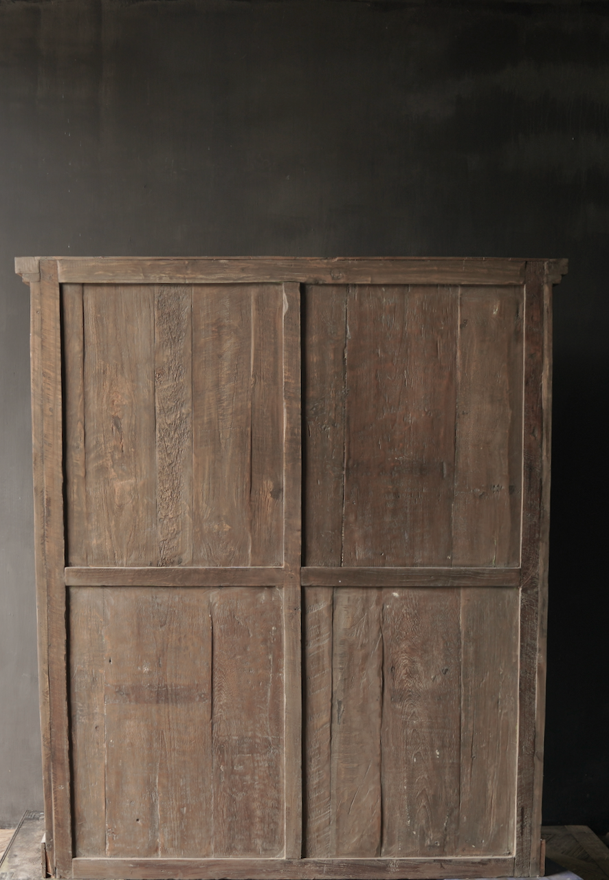 Prachtig Stoer Landelijk oud houten tweedeurs kast-3